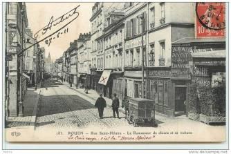 Rue Saint Hilaire - Ramassuer de chiens et sa voiture