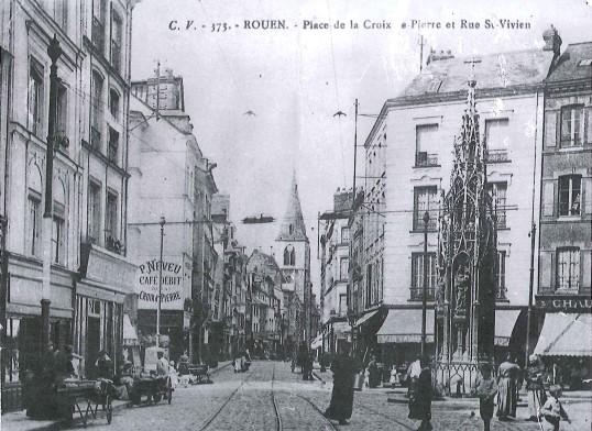 Place Croix de Pierre - Rue St Vivien CV353